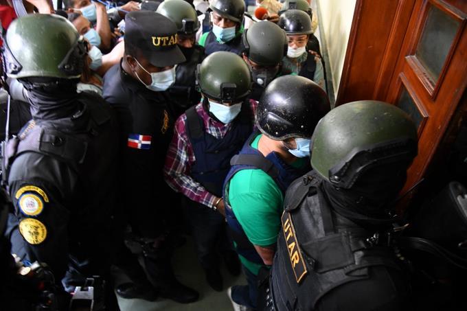 """Algunos de los implicados en la """"Operación 13"""" entregaron el dinero al ministeriopúblico"""