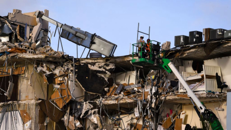 Aumenta el misterio de lo que causó el colapso del edificio enMiami
