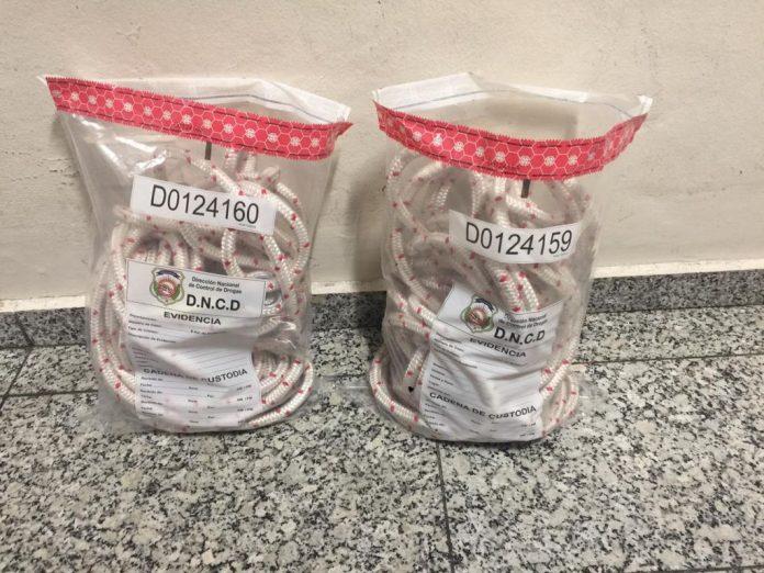 Ocupan tubo relleno de presumiblemente cocaína dentro de soga enAILA