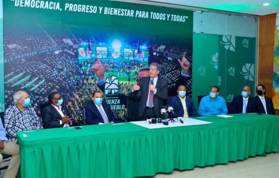Leonel sugiere aumento de salarios a empleados públicos y retomar programassociales