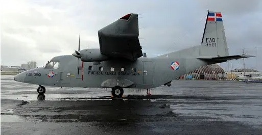 Rep. Dominicana envía avión militar a Haití para evacuardiplomáticos