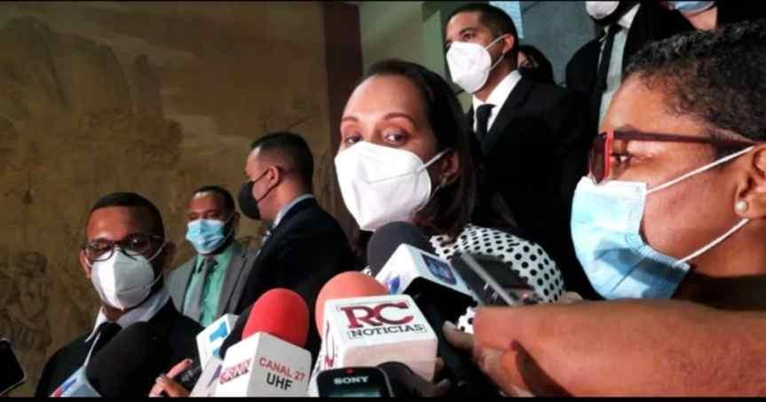 Jean Alain y su grupo estafarían al Estado con más de seis mil millones de pesos, diceMP