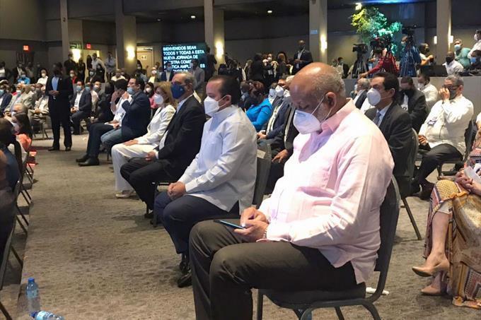 Dirigentes del PRM, firmes ante postura de abinader y lareelección