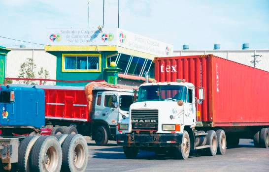 Prohibirán circulación de carga pesada en el Distrito Nacional de 6:00 de la mañana a 8:00 de lanoche