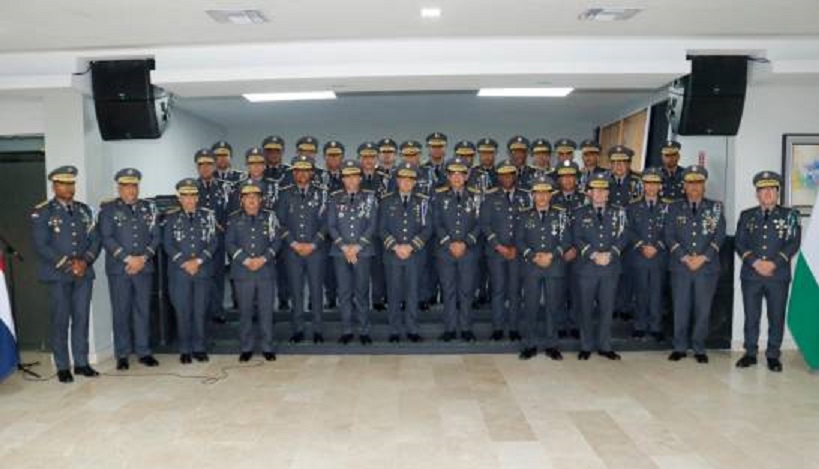 Director de la Policía se reúne con los generales y les baja«línea»