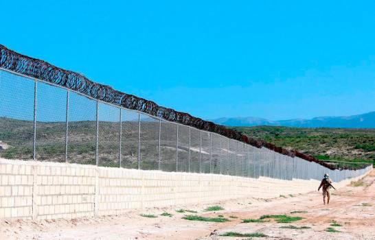 RD presupuesta RD$2,000 millones para construir 200 km de verja en frontera conHaití