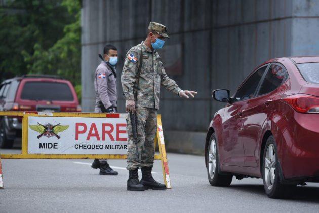 Policía Nacional aclara no realizará retenes para pedir tarjeta devacunación