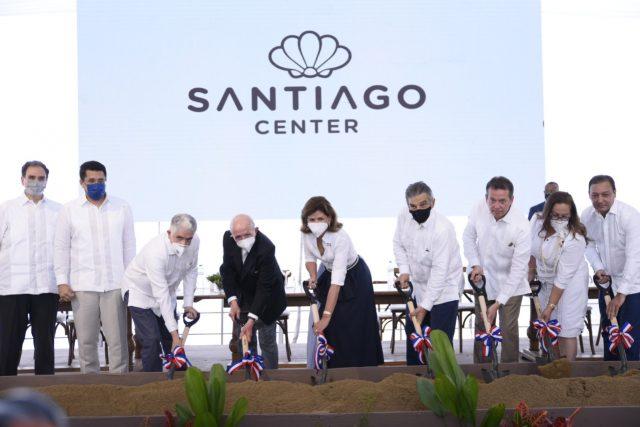 Acto del primer palazo para la construcción de SantiagoCenter